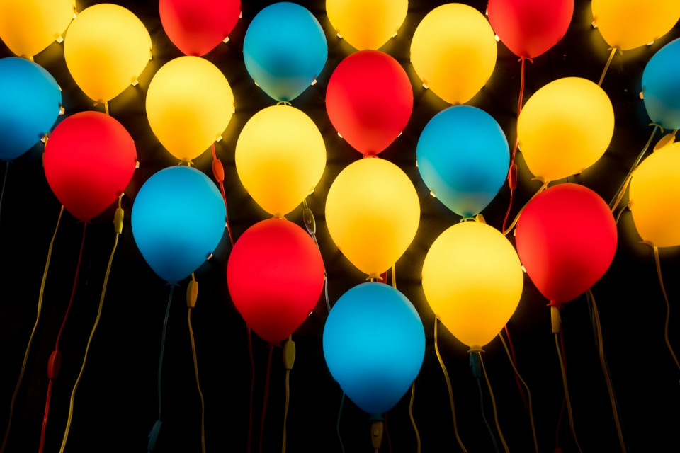 red yellow blue balloons